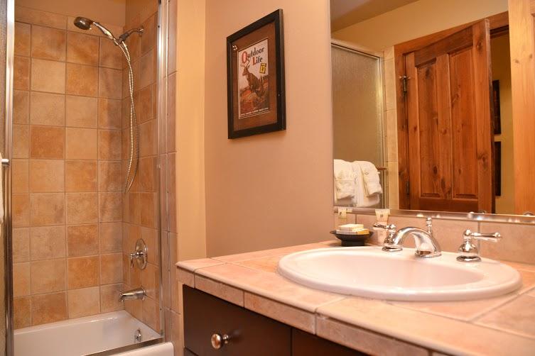 2nd-Bathroom-5.jpg