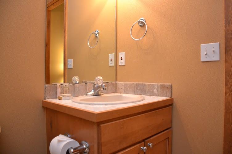 2nd-Bathroom-11.jpg