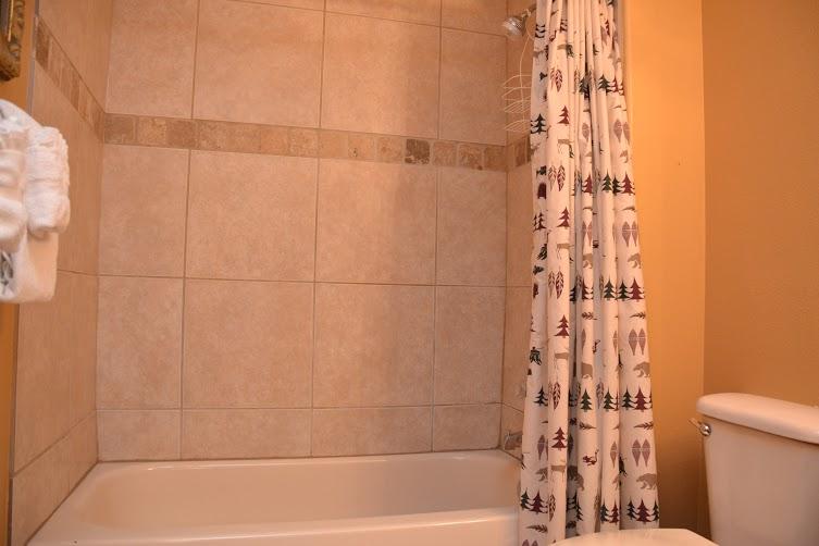 2nd-Bathroom2-5.jpg
