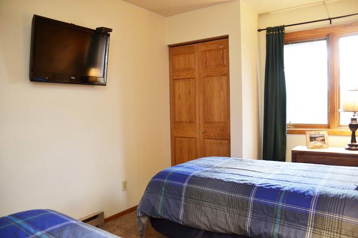 2nd-Bedroom230.jpg