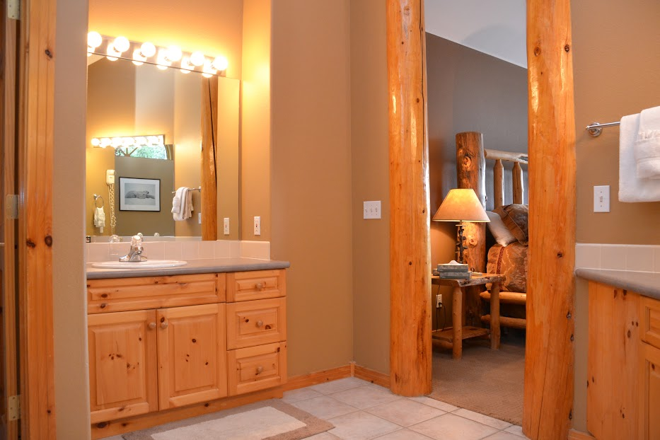 Master-Bathroom2-6.jpg