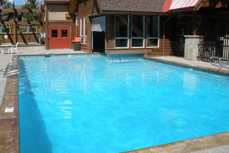 UpperVillagePool03.jpg