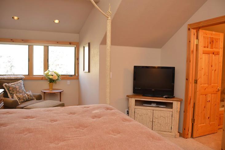 master-bedroom2-2.jpg