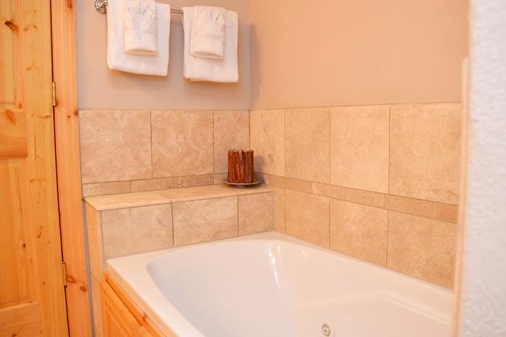 master-bathroom2-2.jpg