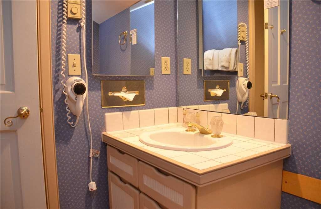 third bathroom (2) 15.jpeg