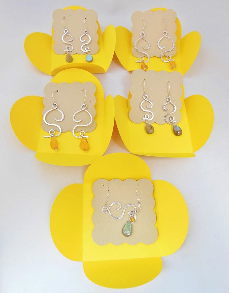 Bridesmaids Gifts! Stones to match your colors and packaging will too!