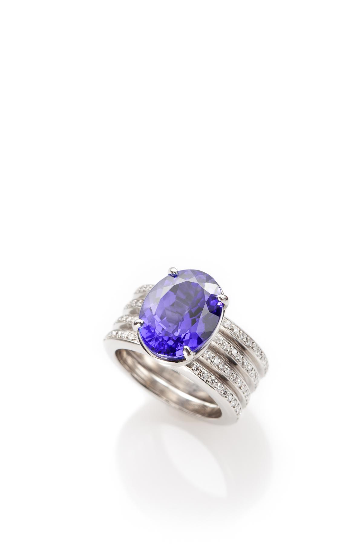 Tanzanite Ring in Platinum with Diamonds