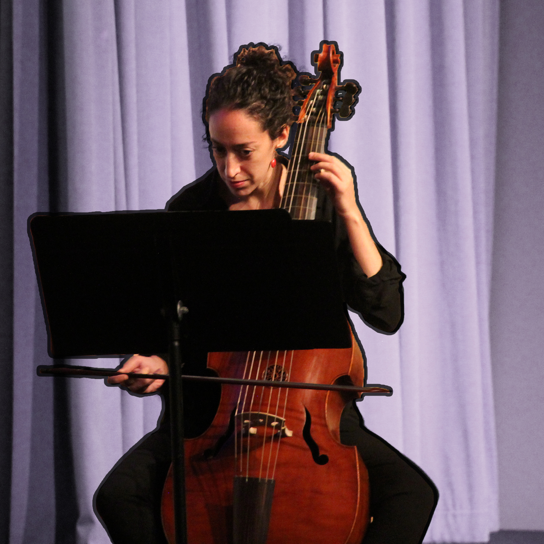 Anna Steinhoff plays her viola da gamba like a boss.