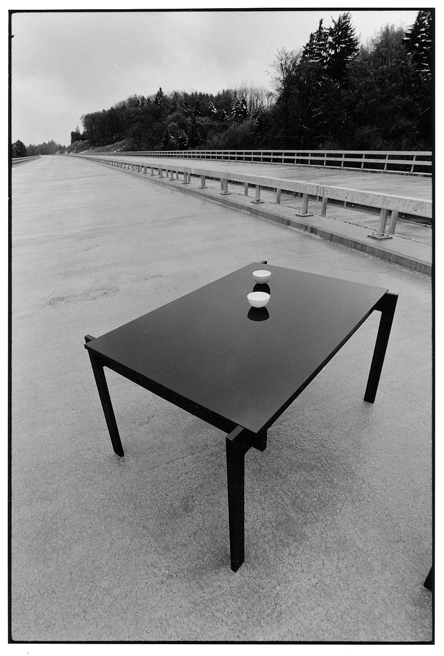 table auto.jpg
