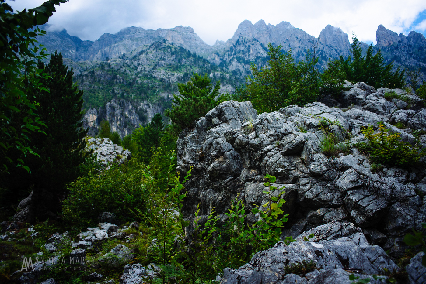 I had never experienced the feeling of being in a fishbowl like in Valbona. Tall, steep mountains rise on both sides of the valley the town is set in.