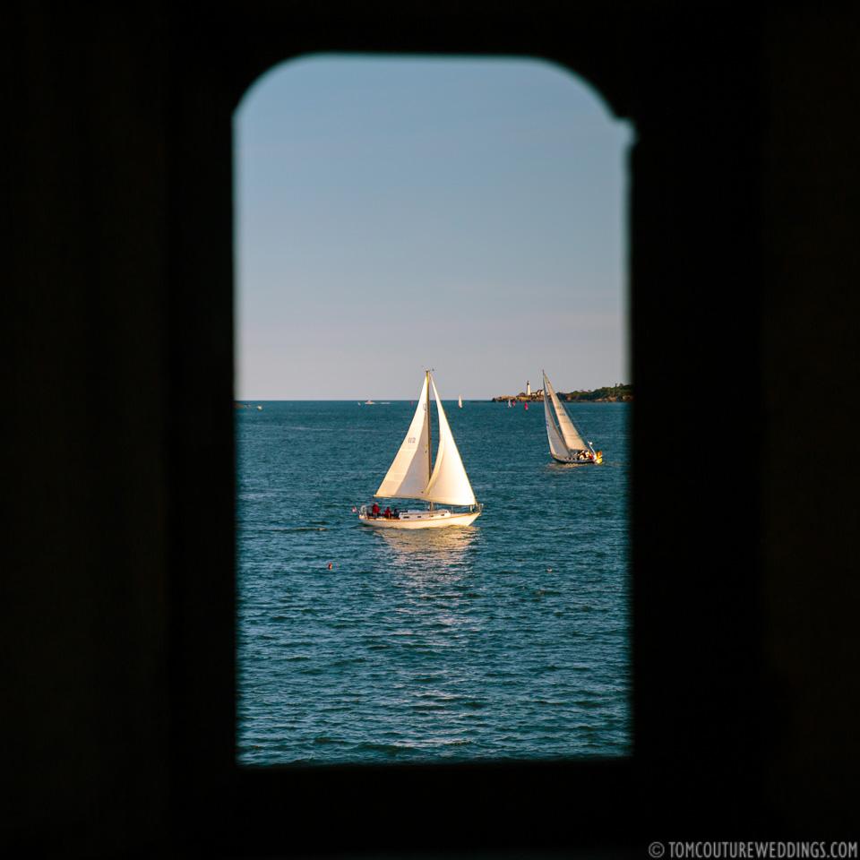 Ahoy! People on sailboats.