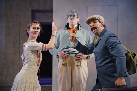 Ophelia with Polonius & Laertes in Hamlecchino by Faction of Fools