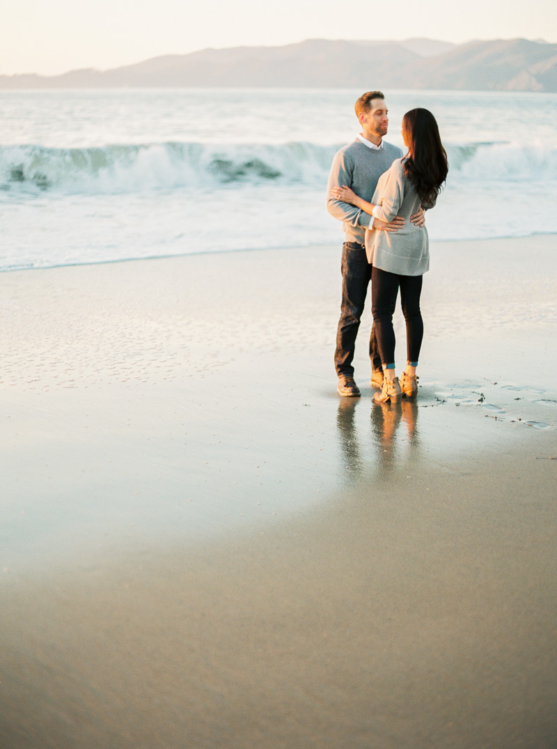 Baker Beach engagement session-49.jpg