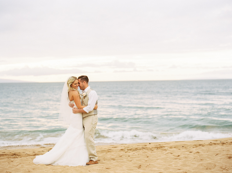 Maui wedding photographer - photo-12.jpg