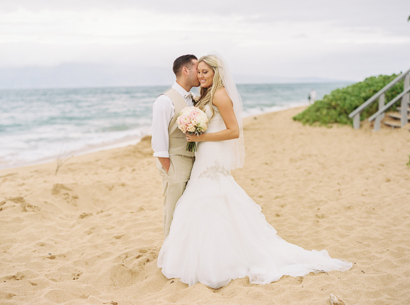 Maui wedding photographer - photo-18.jpg