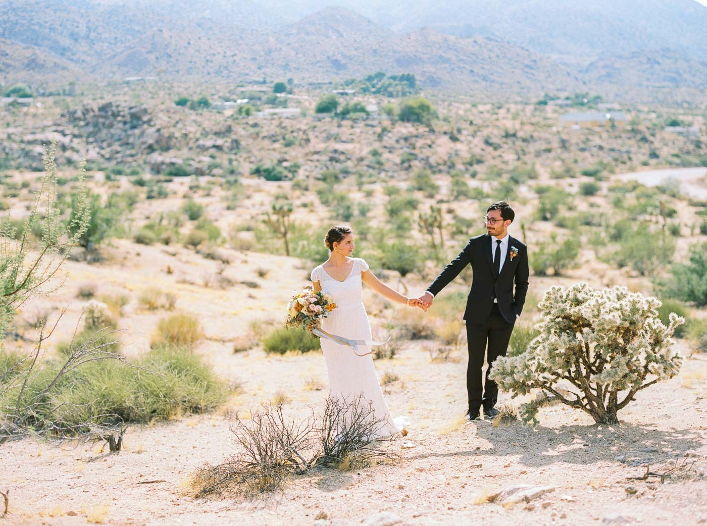 Joshua Tree wedding-41.jpg