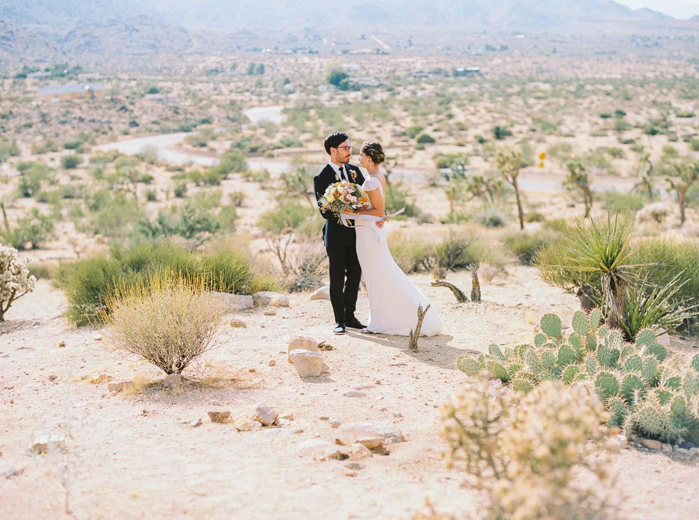 Joshua Tree wedding-45.jpg