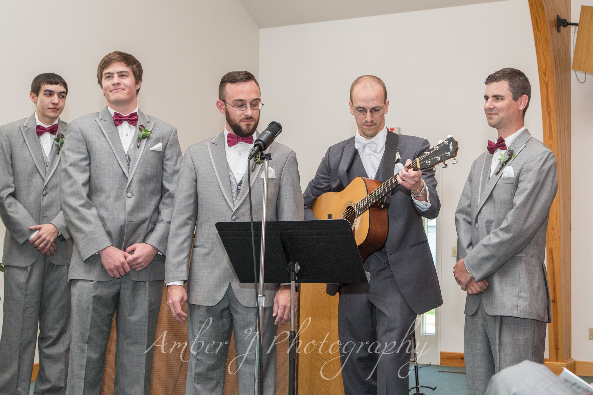 Sommer_Wedding_AmberJphotography_10.jpg