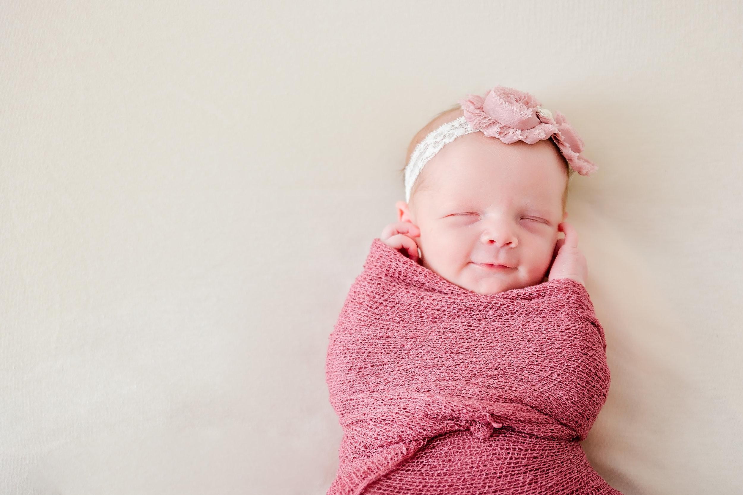 Aurora_newborn-34.jpg