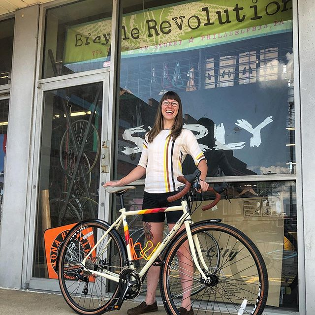 Ceena joined #teamspacehorse yesterday! Some choice upgrades from our #storeclosingsale including tubeless WTB riddler 37's, Brooks C17S, and SKS fenders. A Do-All conquer the world set up for sure! Happy #newbikeday and many thanks ✌️😎