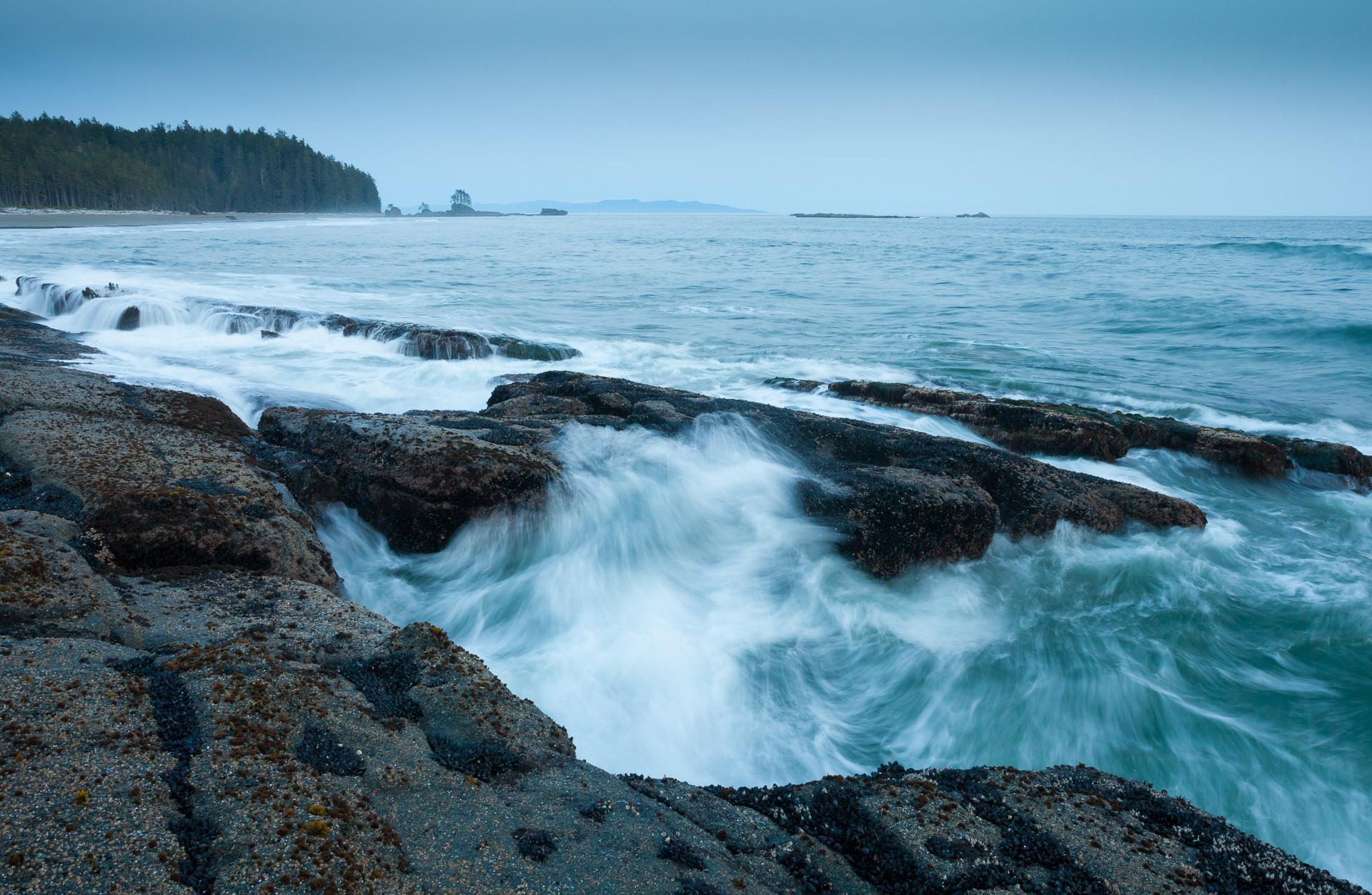 west-coast-trail-ocean-waves.jpg