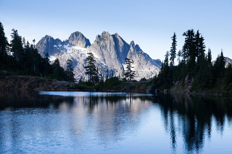 Cobalt-Lake-Triple-Peak-5040.jpg