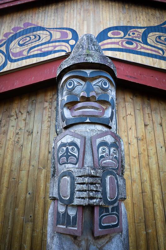 Welcome figure at the Kitasoo/Xai'xais bighouse in Klemtu