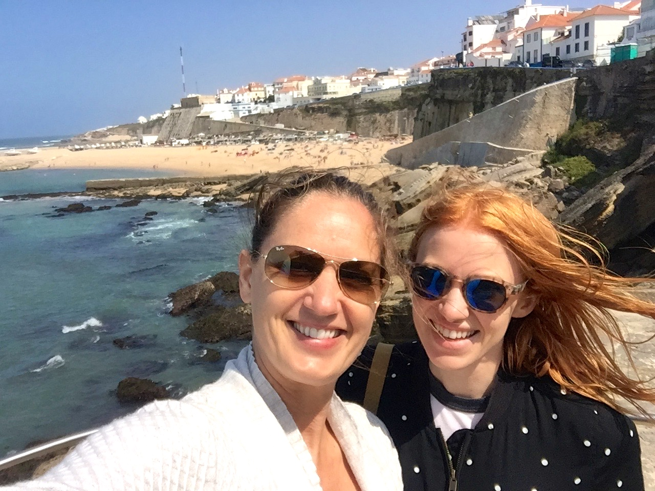 When friends come to visit Portugal, it's a very good day. Also, this picture is proof I have friends. Or, a friend.