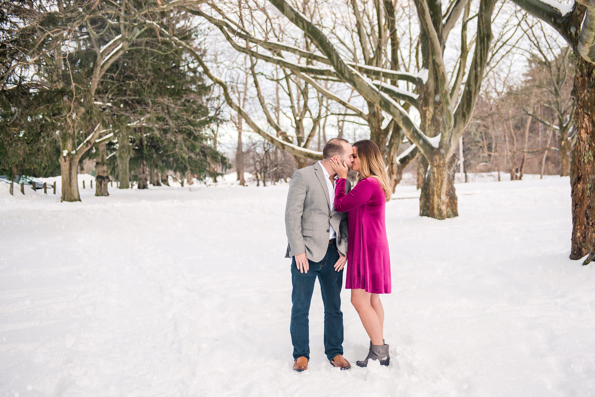 Webster_Park_Engagement_Session_Rochester_NY_photographer_DSC_6347.jpg