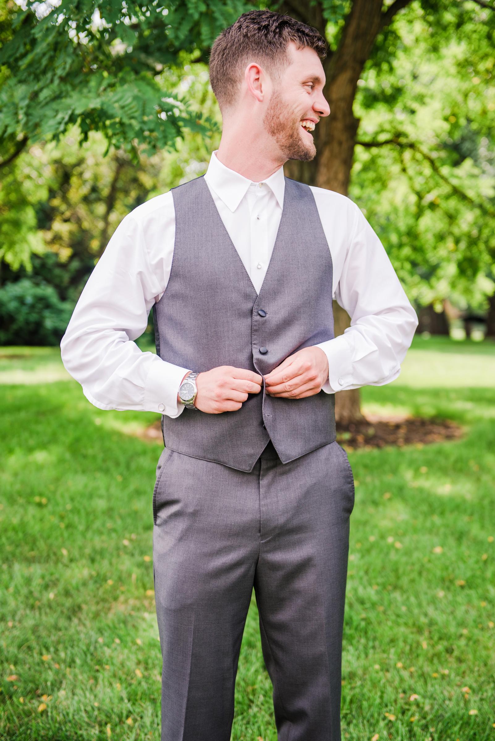 Jerris_Wadsworth_Wedding_Barn_Rochester_Wedding_JILL_STUDIO_Rochester_NY_Photographer_DSC_2220.jpg