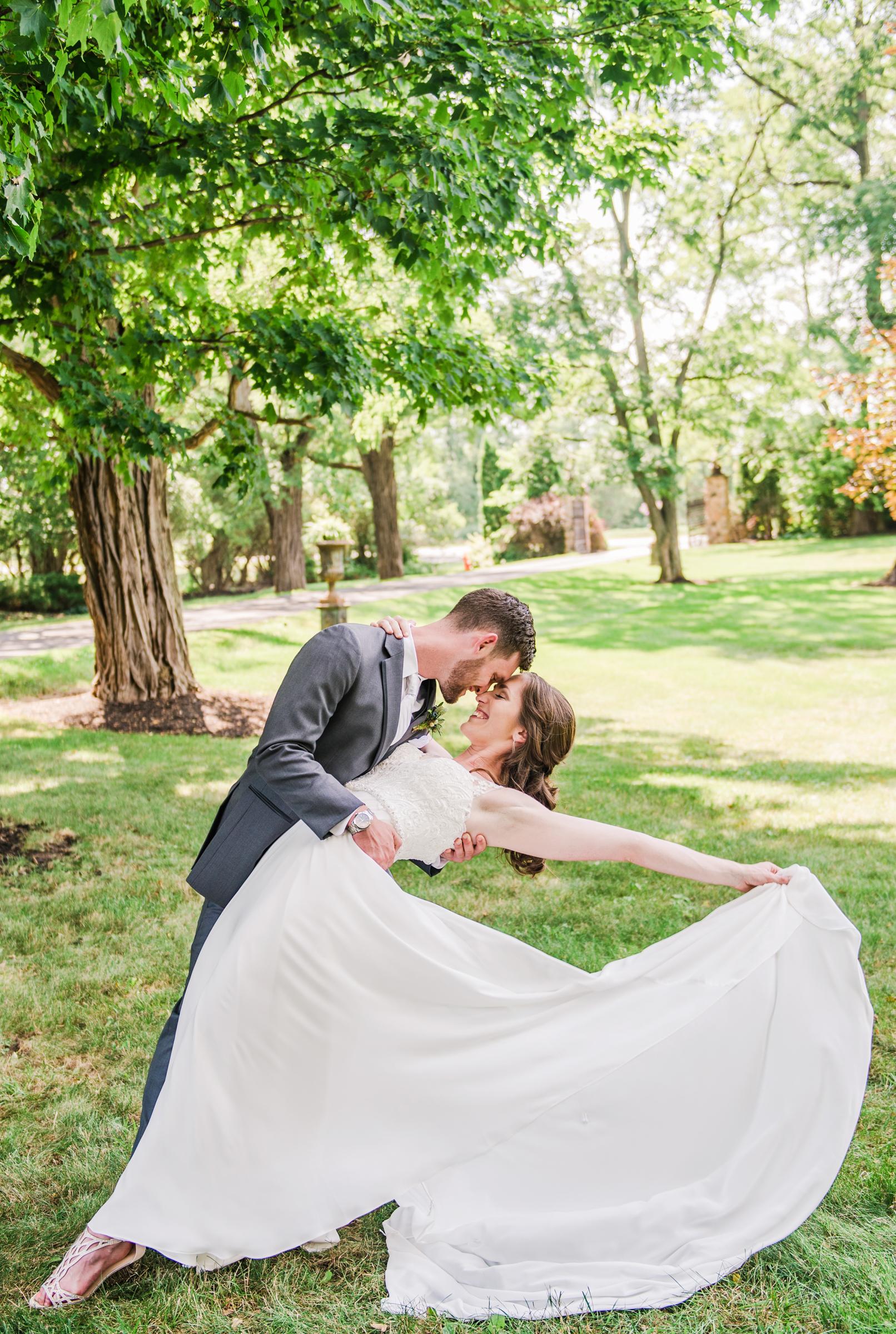 Jerris_Wadsworth_Wedding_Barn_Rochester_Wedding_JILL_STUDIO_Rochester_NY_Photographer_DSC_2442.jpg