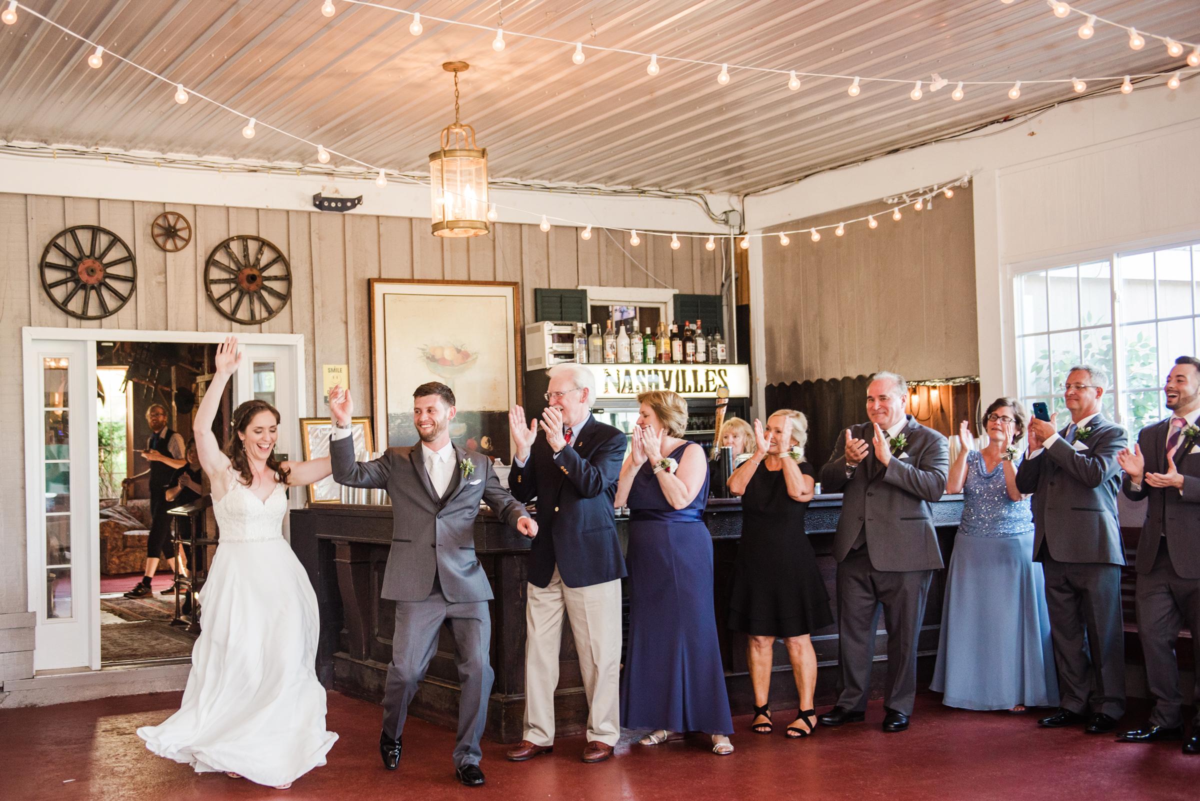 Jerris_Wadsworth_Wedding_Barn_Rochester_Wedding_JILL_STUDIO_Rochester_NY_Photographer_DSC_2835.jpg