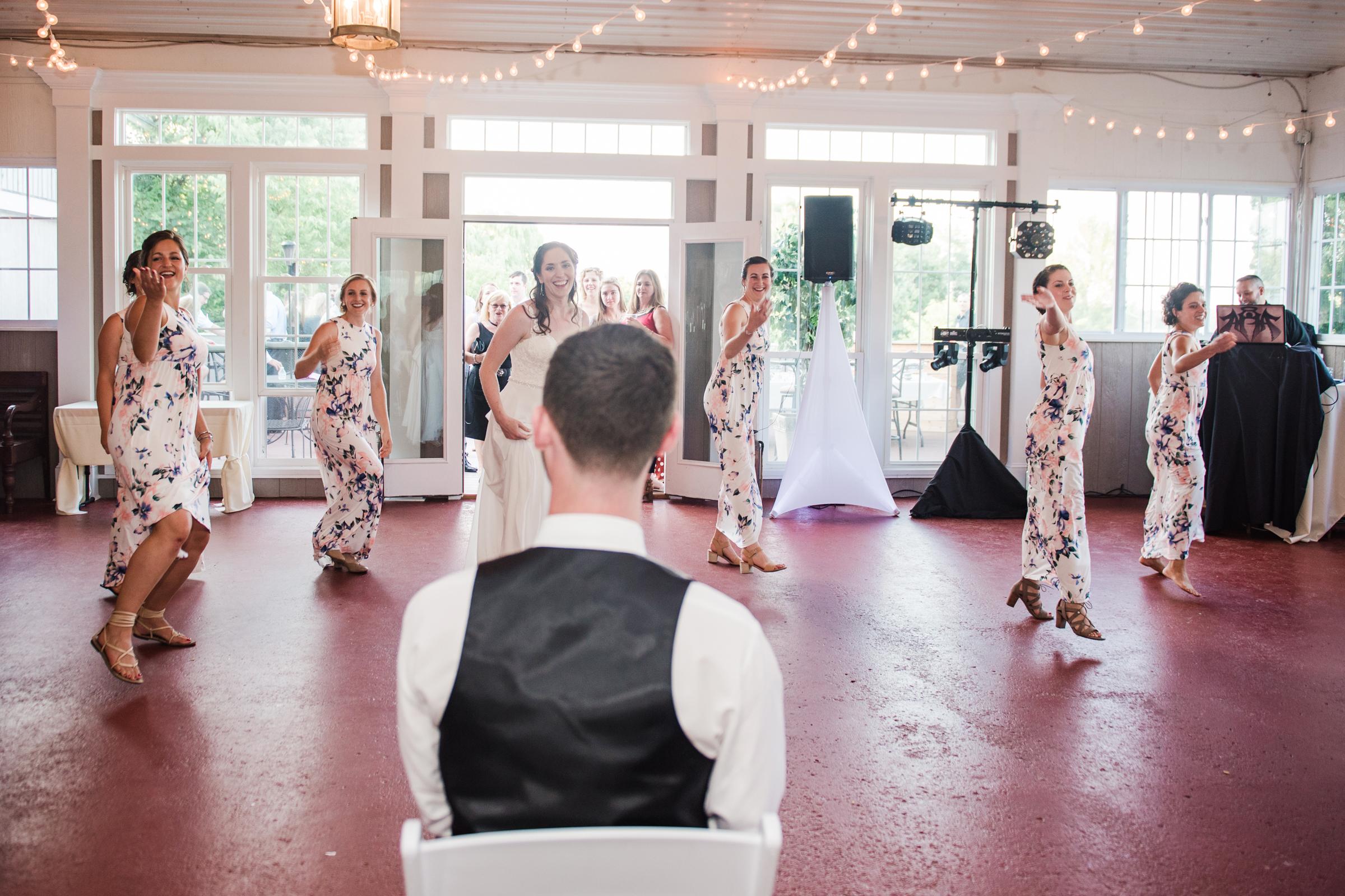 Jerris_Wadsworth_Wedding_Barn_Rochester_Wedding_JILL_STUDIO_Rochester_NY_Photographer_DSC_2924.jpg