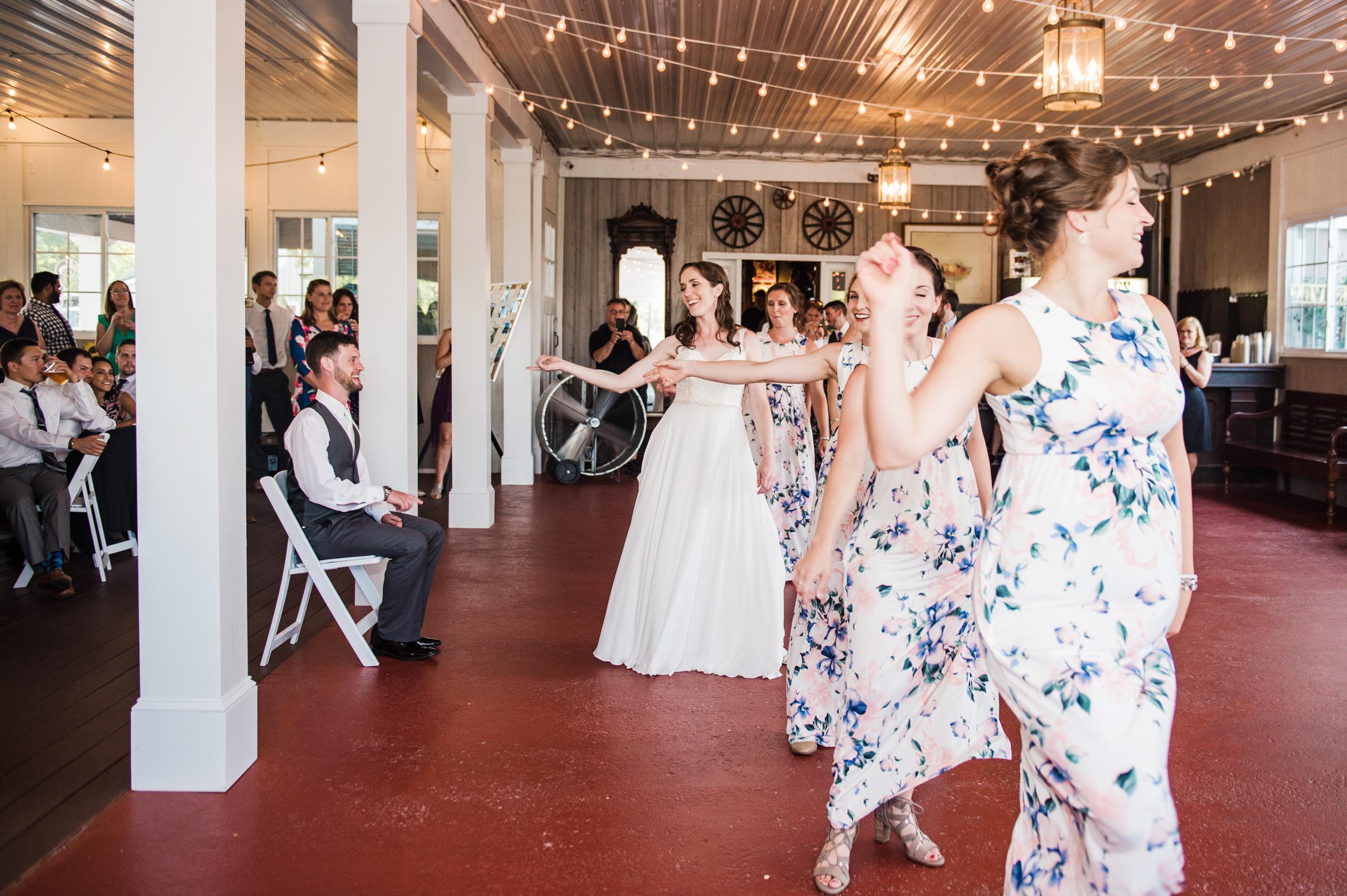 Jerris_Wadsworth_Wedding_Barn_Rochester_Wedding_JILL_STUDIO_Rochester_NY_Photographer_DSC_2937.jpg