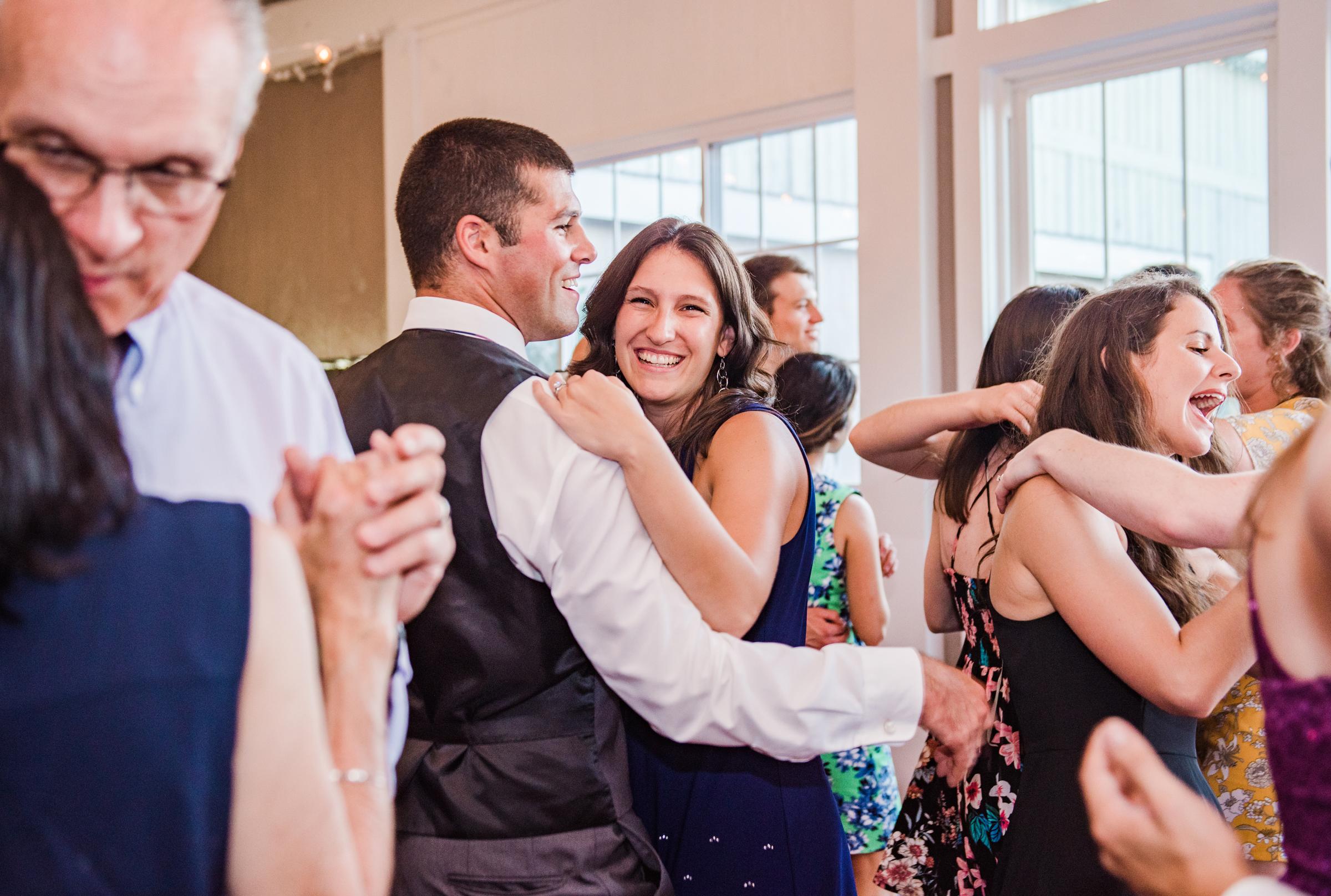 Jerris_Wadsworth_Wedding_Barn_Rochester_Wedding_JILL_STUDIO_Rochester_NY_Photographer_DSC_3049.jpg