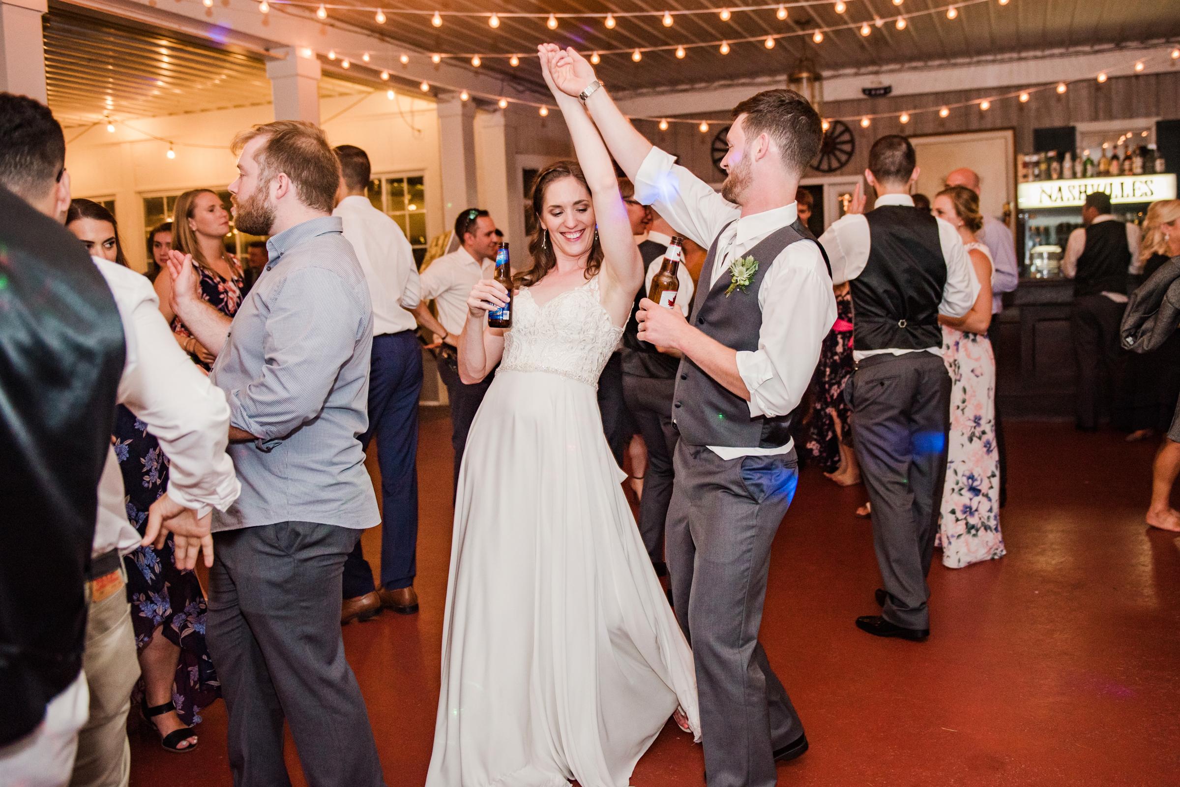 Jerris_Wadsworth_Wedding_Barn_Rochester_Wedding_JILL_STUDIO_Rochester_NY_Photographer_DSC_3245.jpg