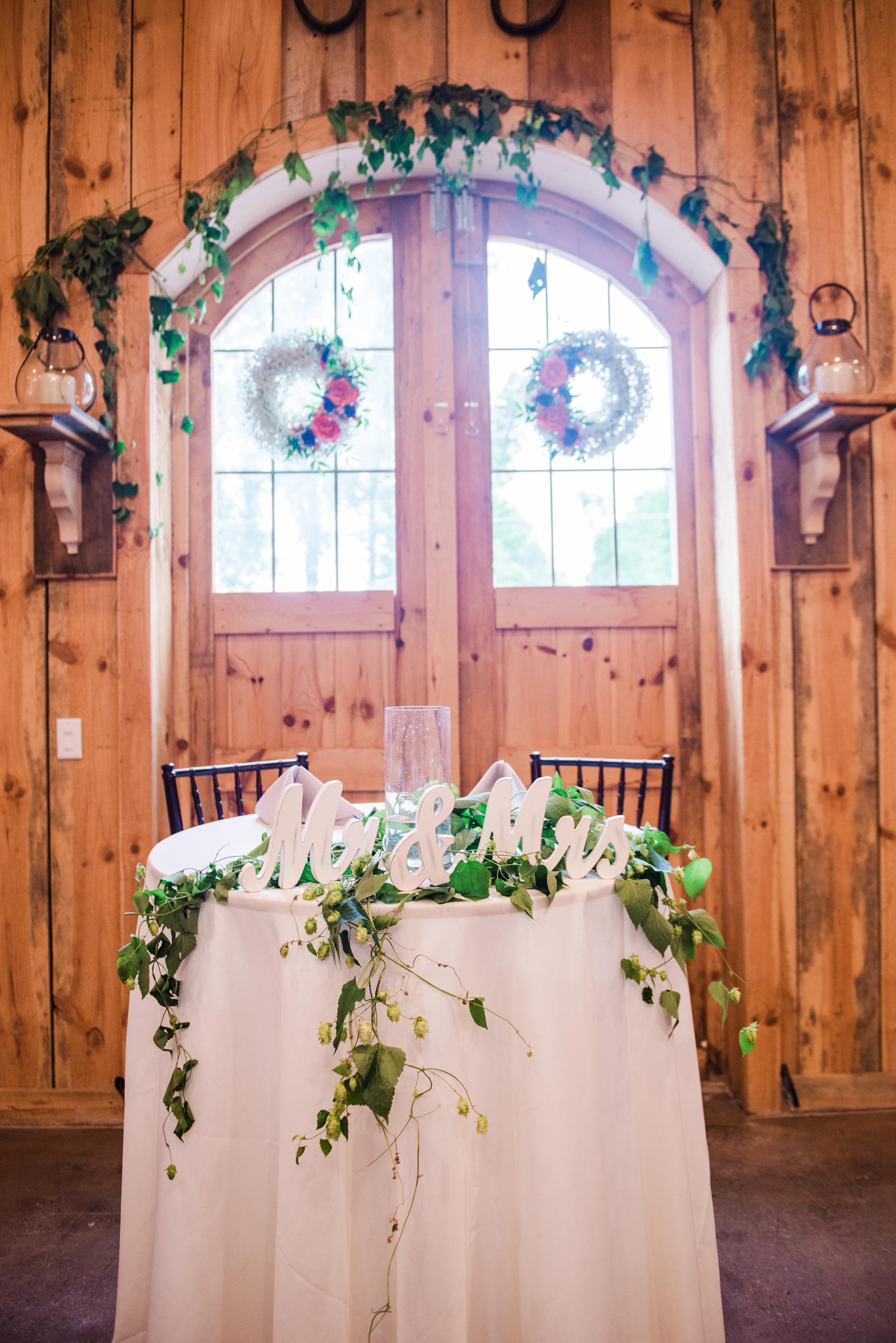 Wolf_Oak_Acres_Central_NY_Wedding_JILL_STUDIO_Rochester_NY_Photographer_DSC_8218.jpg