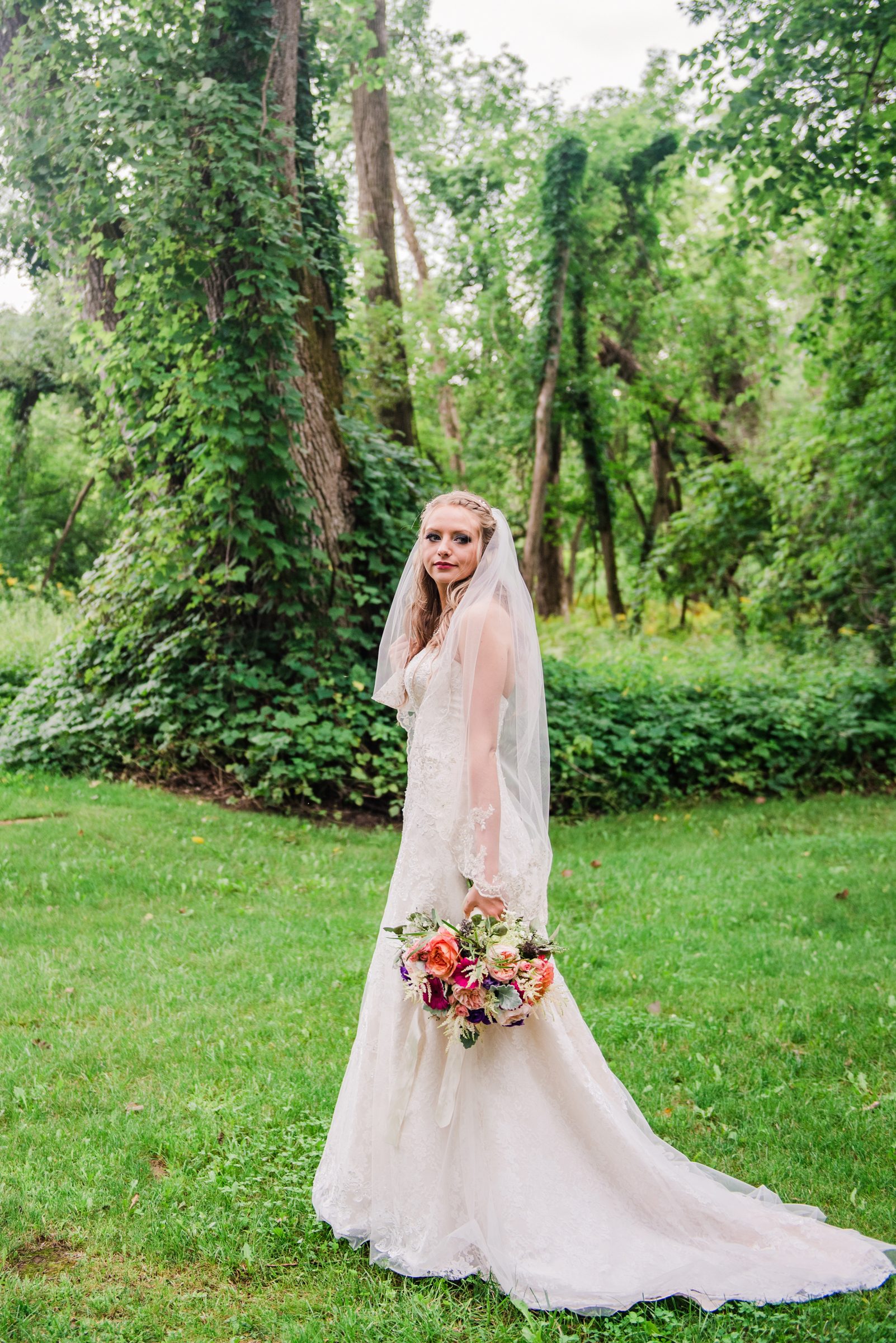 Wolf_Oak_Acres_Central_NY_Wedding_JILL_STUDIO_Rochester_NY_Photographer_DSC_8744.jpg