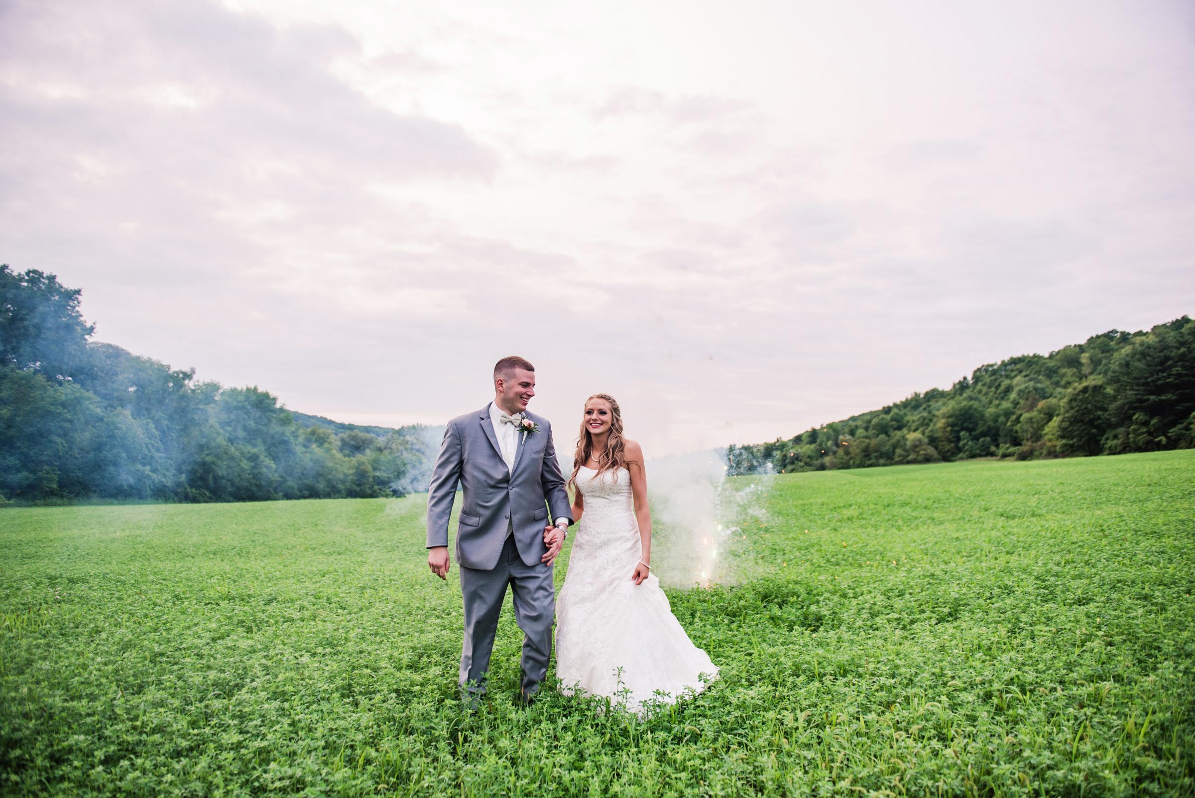 Wolf_Oak_Acres_Central_NY_Wedding_JILL_STUDIO_Rochester_NY_Photographer_DSC_8968.jpg