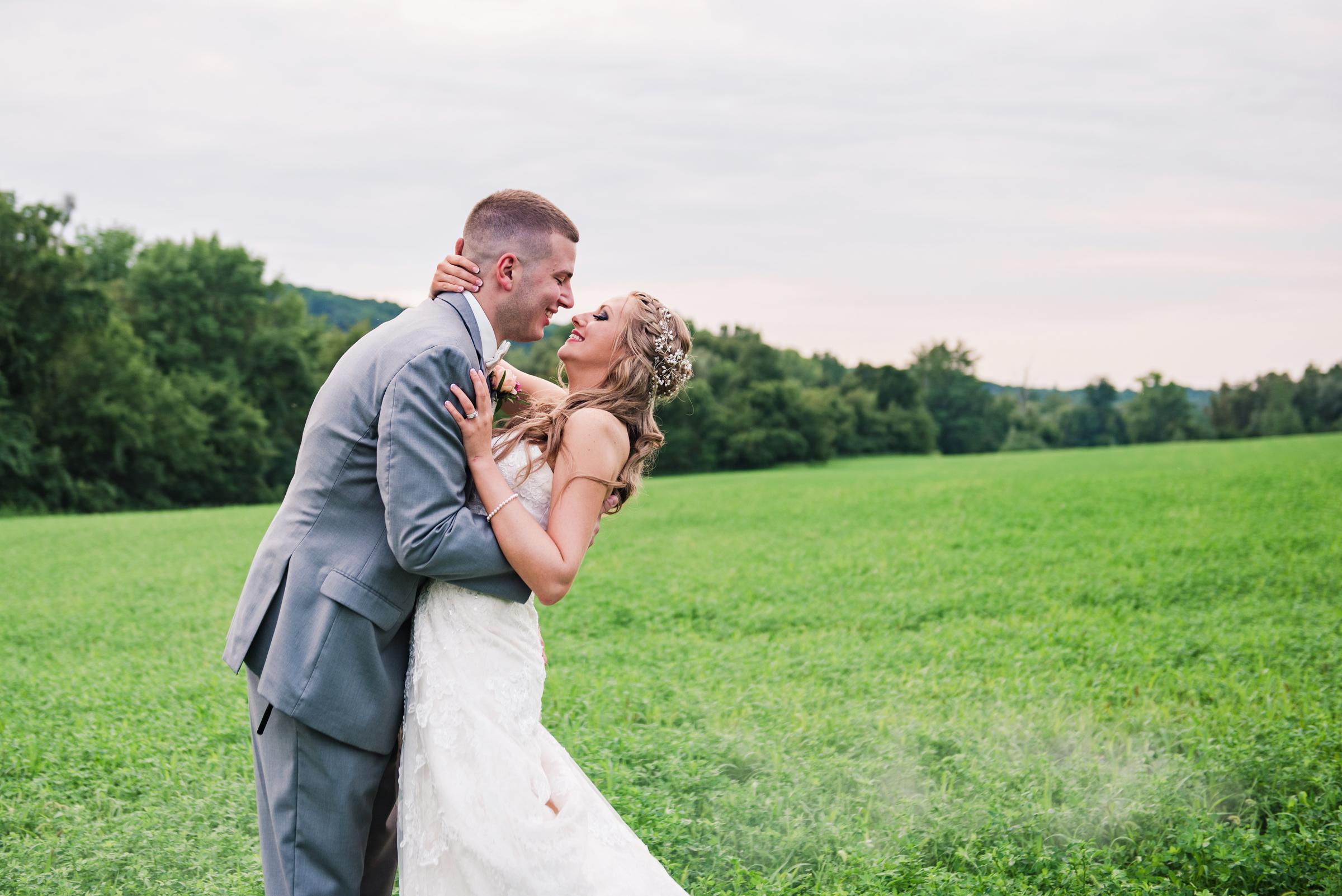 Wolf_Oak_Acres_Central_NY_Wedding_JILL_STUDIO_Rochester_NY_Photographer_DSC_8977.jpg