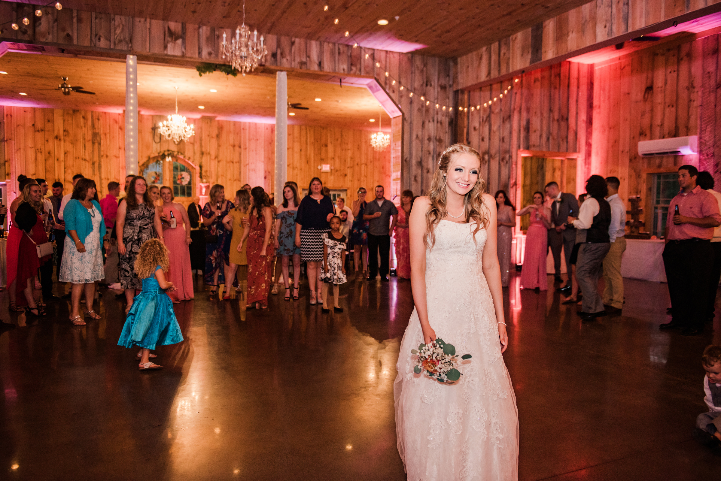 Wolf_Oak_Acres_Central_NY_Wedding_JILL_STUDIO_Rochester_NY_Photographer_DSC_9078.jpg