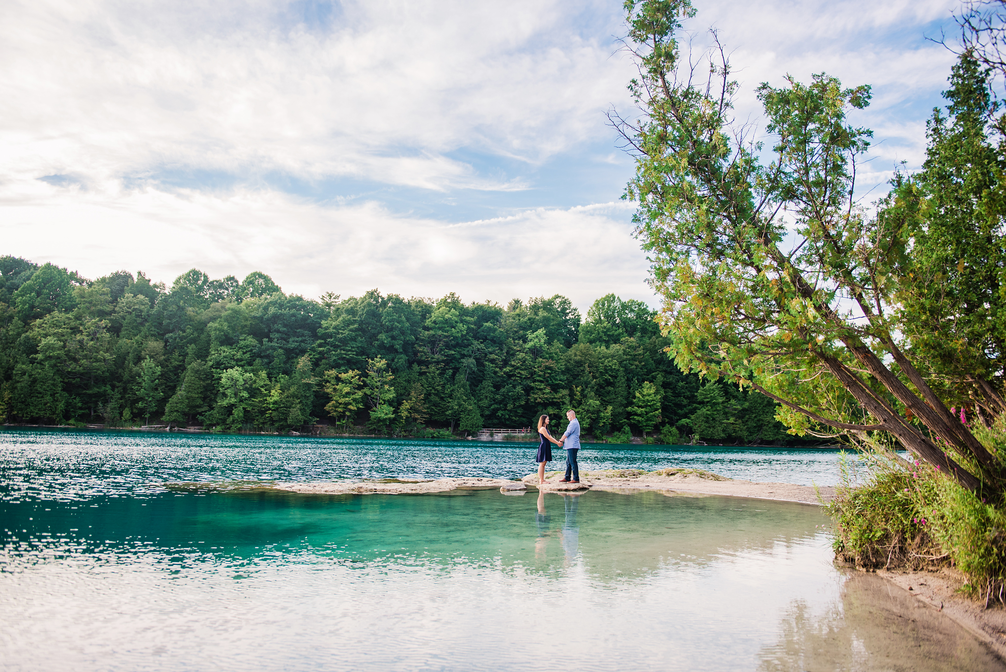 Green_Lakes_State_Park_Syracuse_Engagement_Session_JILL_STUDIO_Rochester_NY_Photographer_DSC_1018.jpg