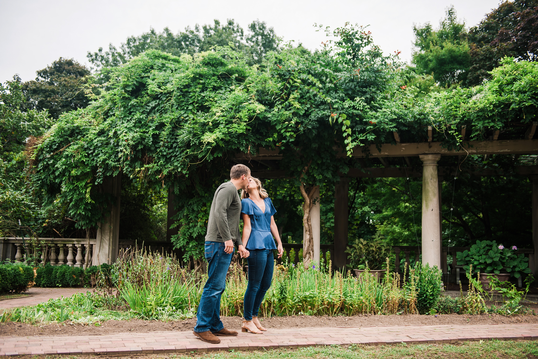 George_Eastman_House_Rochester_Yacht_Club_Rochester_Engagement_Session_JILL_STUDIO_Rochester_NY_Photographer_DSC_8093.jpg