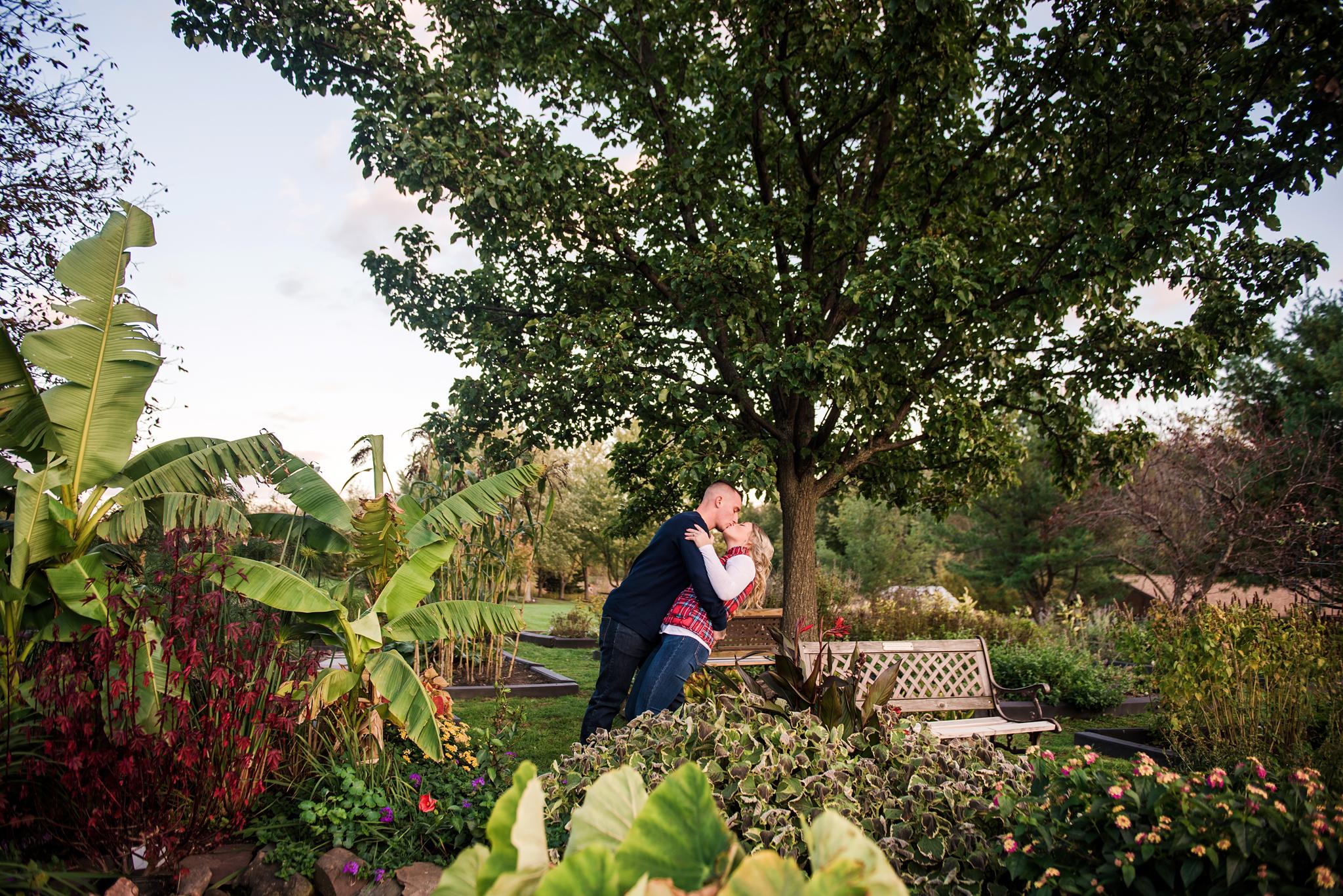 Tinker_Nature_Park_Rochester_Couples_Session_JILL_STUDIO_Rochester_NY_Photographer_DSC_5002.jpg