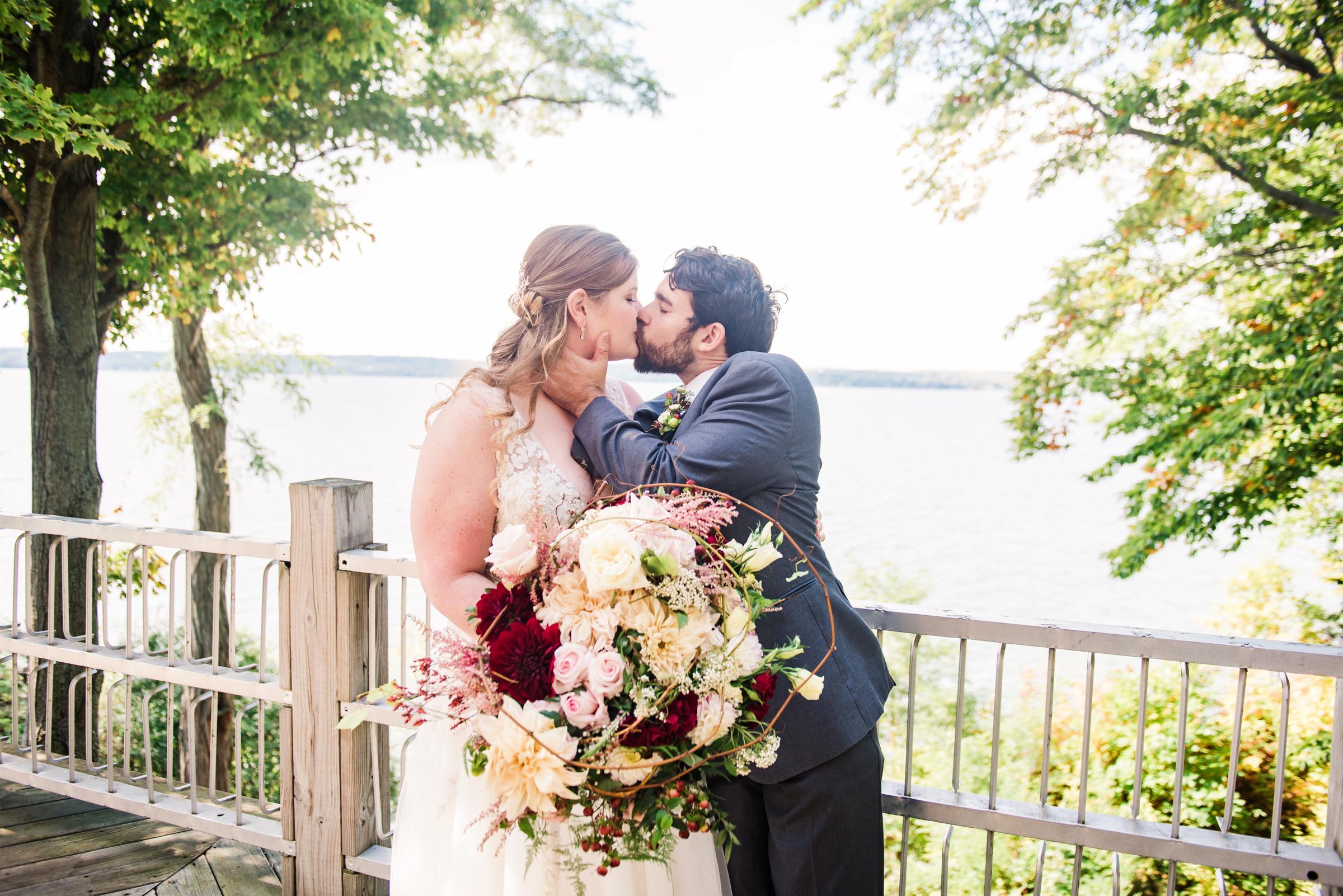 Zugibe_Vineyards_Finger_Lakes_Wedding_JILL_STUDIO_Rochester_NY_Photographer_DSC_3484.jpg