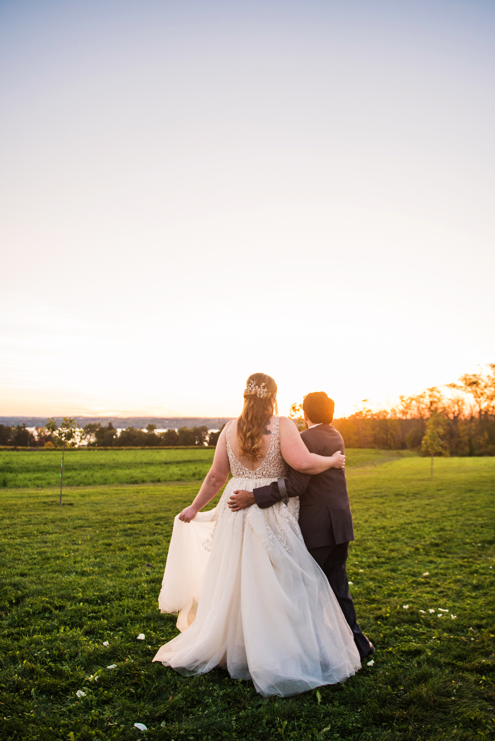Zugibe_Vineyards_Finger_Lakes_Wedding_JILL_STUDIO_Rochester_NY_Photographer_DSC_4215.jpg