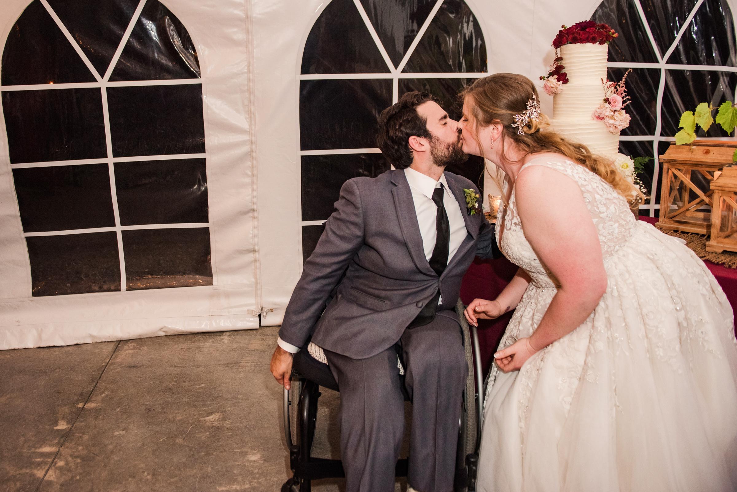 Zugibe_Vineyards_Finger_Lakes_Wedding_JILL_STUDIO_Rochester_NY_Photographer_DSC_4462.jpg