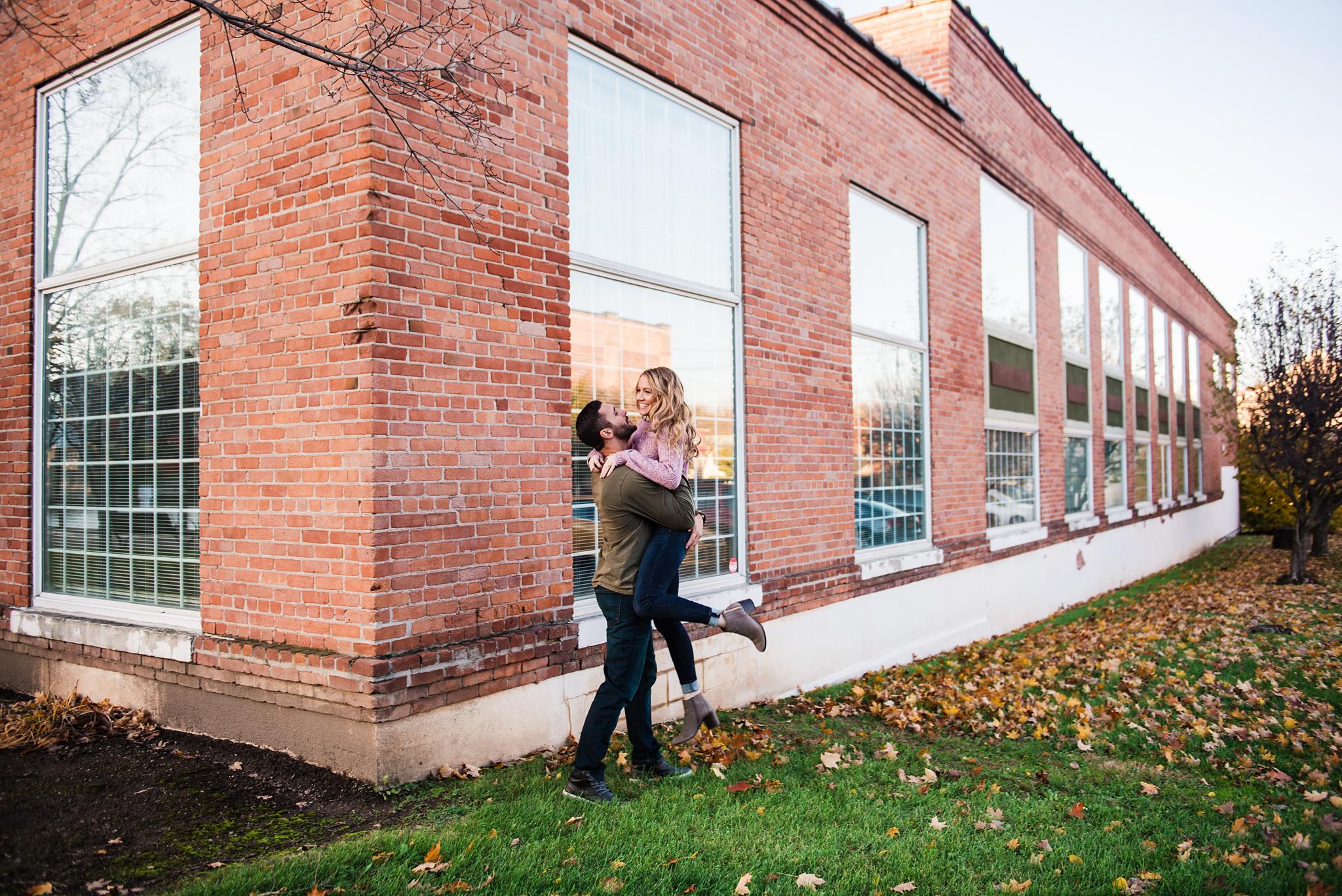 Village_of_Fairport_Rochester_Engagement_Session_JILL_STUDIO_Rochester_NY_Photographer_DSC_8645.jpg