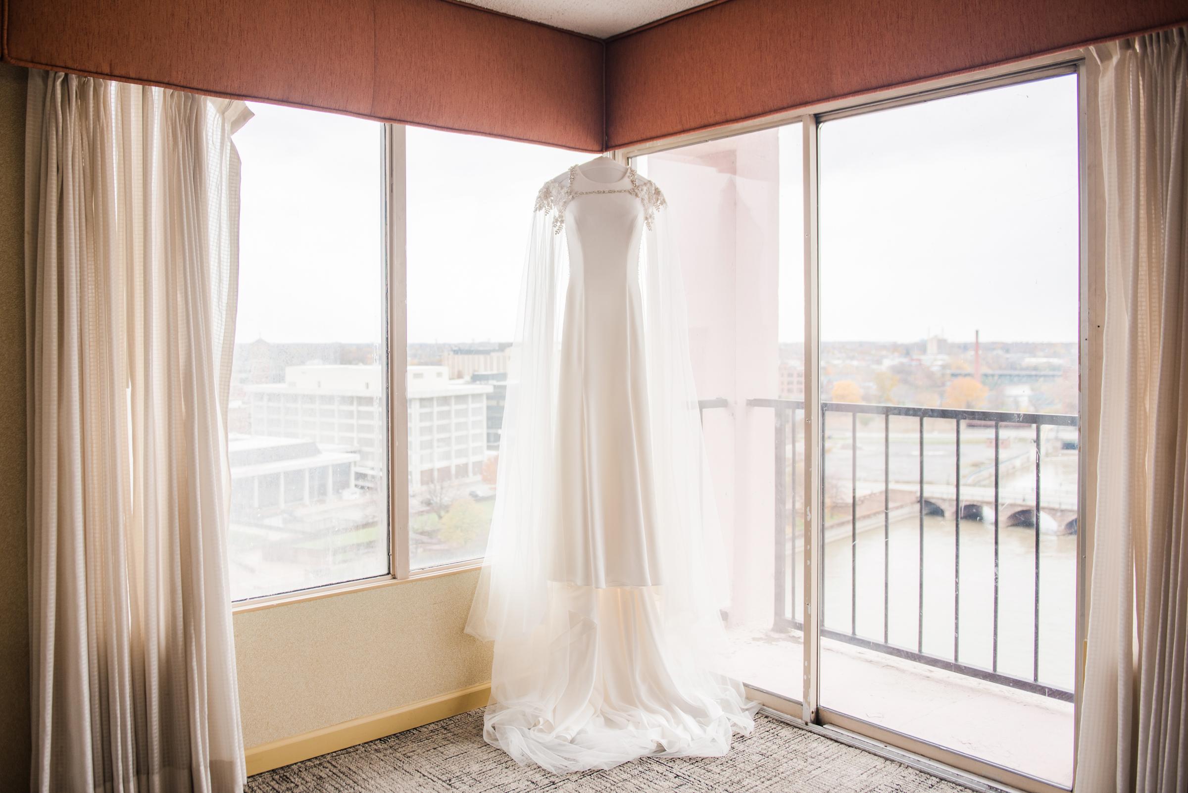 Wintergarden_by_Monroes_Rochester_Wedding_JILL_STUDIO_Rochester_NY_Photographer_151411.jpg