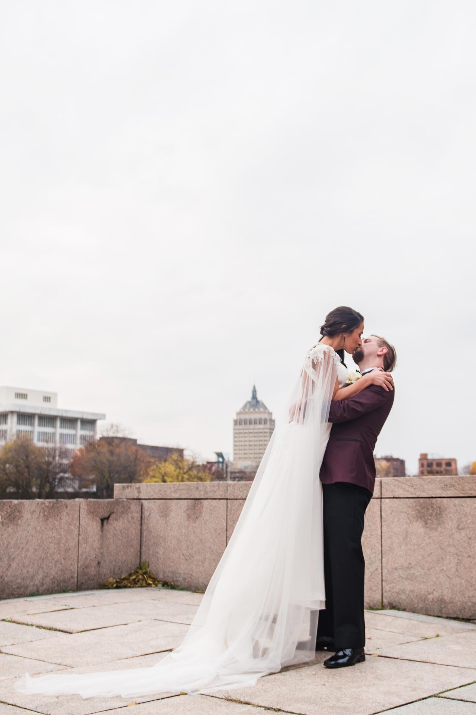 Wintergarden_by_Monroes_Rochester_Wedding_JILL_STUDIO_Rochester_NY_Photographer_164147.jpg